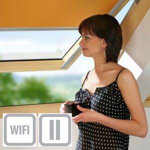 FAKRO ARF roleta na okna dachowe sterowana smartfonem druga grupa cenowa