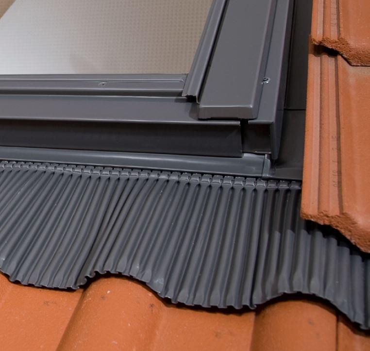 tanie okna dachowe z kołnierzem 78x112 78x118
